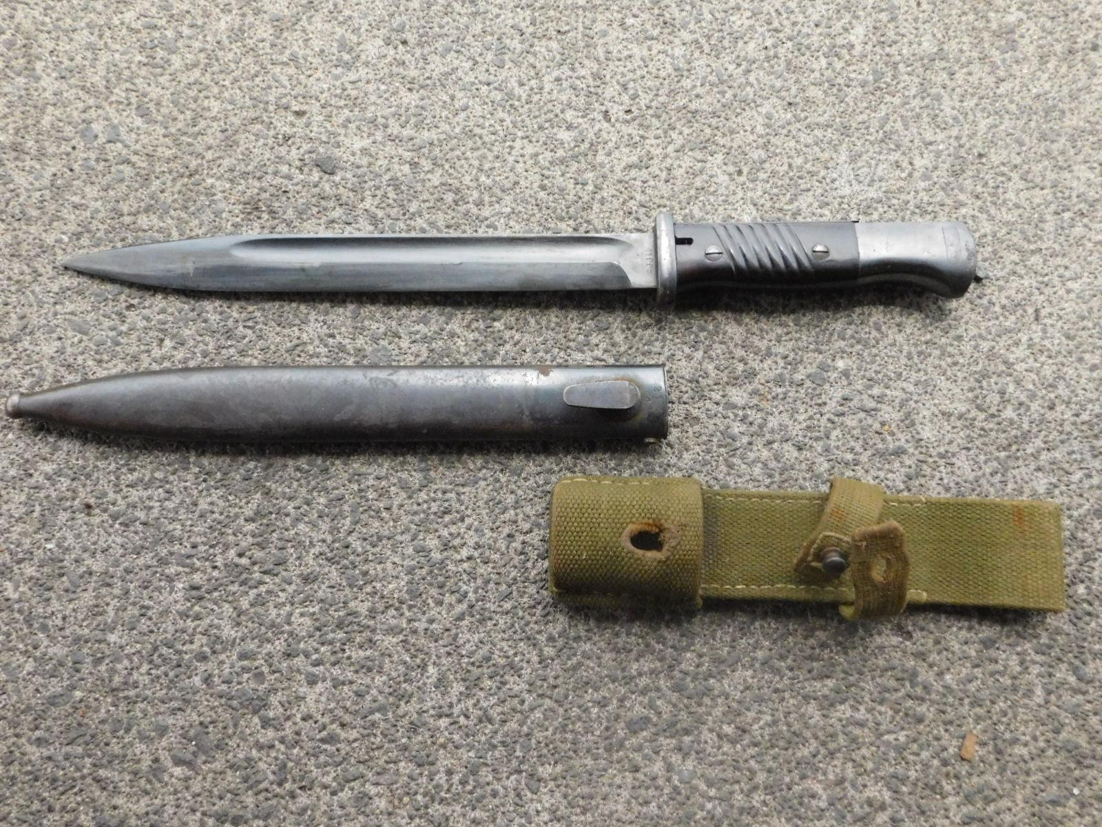 WW2 German K98 Kar 98 Reproduction mc0 98K Bayonet Frog Black Color Leather
